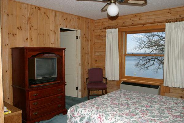 ruttgers_lakefront-rooms
